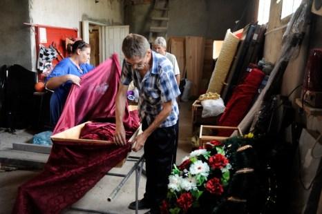 Похороны погибшего в наводнении на Кубани. Фото:  MIKHAIL MORDASOV/AFP/GettyImages