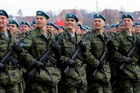 Очередная репетиция парада Победы пройдёт в Алабино. Фото: Dmitry Korotayev/Epsilon/Getty Images