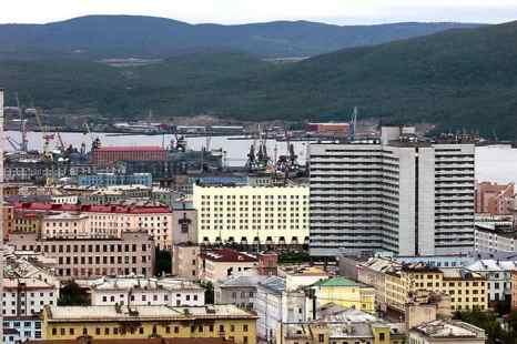 В Мурманскую область переехали более 760 граждан стран СНГ.  Фото: ALEXANDER NEMENOV/AFP/Getty Images