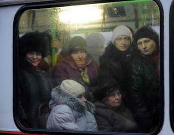 Общественный транспорт в России переведут на газ. Фото: NATALIA KOLESNIKOVA/AFP/Getty Images