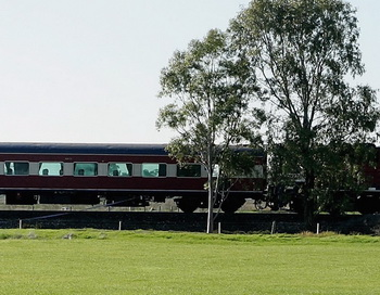 Пассажирский поезд. Фото: Lucas Dawson / Getty Images