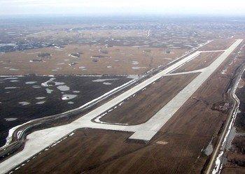 Аэропорт «Толмачево» с воздуха. Фото: agaa.ru