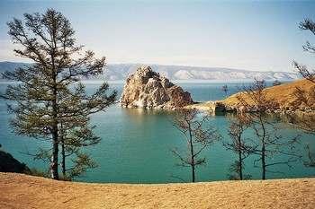 Байкал. Фото с wikipedia.org