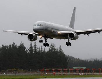 Самолёт Boeing-757. Фото: Sandra Mu/Getty Images