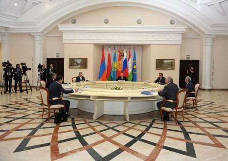 Страны Договора о коллективной безопасности укрепят таджикско-афганскую границу. Фото: ALEXEY DRUZHININ/AFP/Getty Images