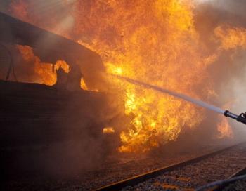 Сгорела крыша вагона нового двухэтажного поезда «Москва – Адлер». Фото: Uriel Sinai/Getty Images