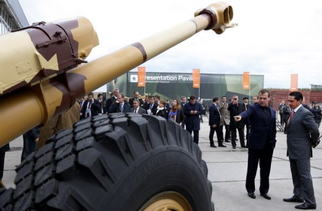 Russia Arms EXPO 2013 — показ военной техники. Фото: DMITRY ASTAKHOV/AFP/Getty Images