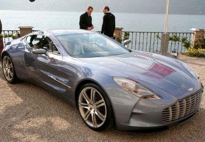 Aston Martin One-77 - 9 место - 355 км/ч. Мощность двигателя: 750 л.с., 750 Нм. Цена - $2 000 000. Фото с сайта promotor.ro