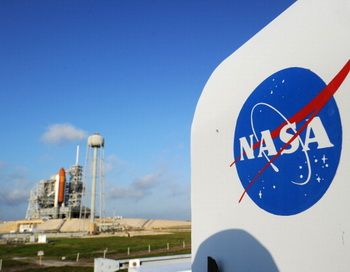 НАСА успешно запустило аппарат по исследованию атмосферы Марса. Фото: STAN HONDA/AFP/Getty Images
