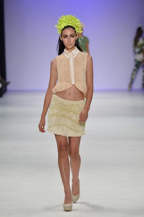 Платья и комплекты на лето  от Kaylene Milner на  Mercedes-Benz Fashion Week весна-лето 2012/13 в Австралии. Часть 2. Фоторепортаж. Фото: Stefan Gosatti/Getty Images