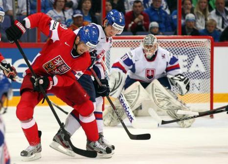 Сборная Словакии по хоккею выиграла у чехов со счётом 3:1. Фоторепортаж из Хельсинки. Фото:  Martin Rose/Bongarts/Getty Images