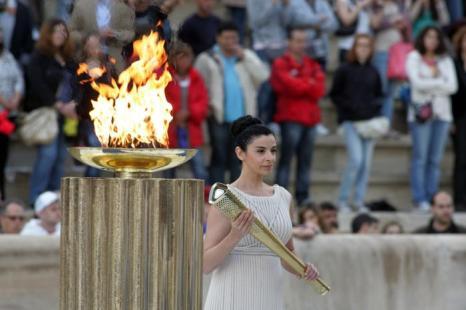 Церемония передачи Олимпийского огня «Лондона-2012» на стадионе «Панатинаикос» в Афинах, Греция. Ино Менегаки (Ino Menegak). Фоторепортаж. Фото: Milos Bicanski/Getty Images