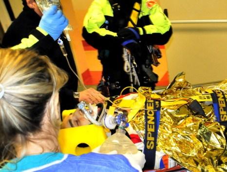 Роберт Кубица, гонщик «Лотус-Рено», попал на трассе авторалли в аварию. Фото: JOSE JORDAN/JAVIER SORIANO/TOMMASO MARINELLI/AFP/Getty Images
