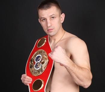 Томаш Адамек  - польский боксер-тяжеловес. Фото с сайта tomaszadamek.eu