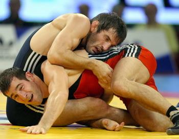 Бувайсар Сайтиев: Я всегда на стороне спортсмена. Фото: Attila KISBENEDEK/AFP/Getty Images