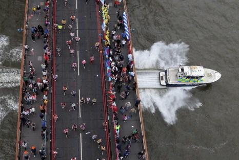 Лондонский марафон. Фото: Gareth CATTERMOLE, Alan CROWHURST, Ian WALTON, Jed LEICESTER, Tom SHAW, Christopher LEE/Getty Images