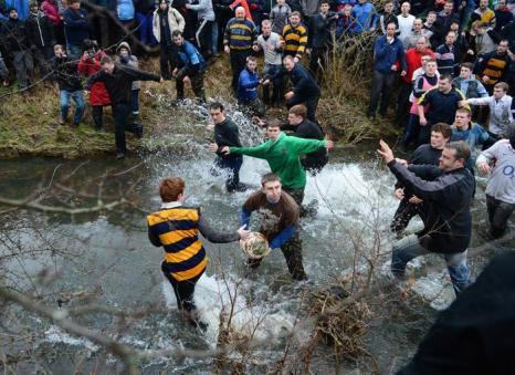 Футбол без правил в Великобритании 13 февраля 2013 года. Фото: Laurence Griffiths/Getty Images