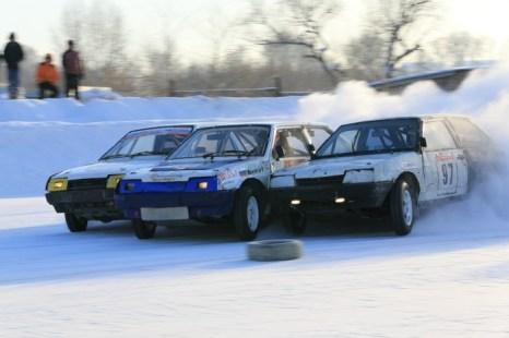 «Вечерние ледовые гонки» II этап. Фото: Сергей Кузьмин/Великая Эпоха (The Epoch Times)