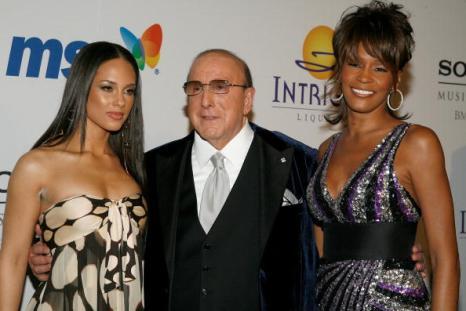 Уитни Хьюстон. (Whitney Houston, Singer Dionne Warwick и Bobbi Kristina Brown). Фото: Getty Images