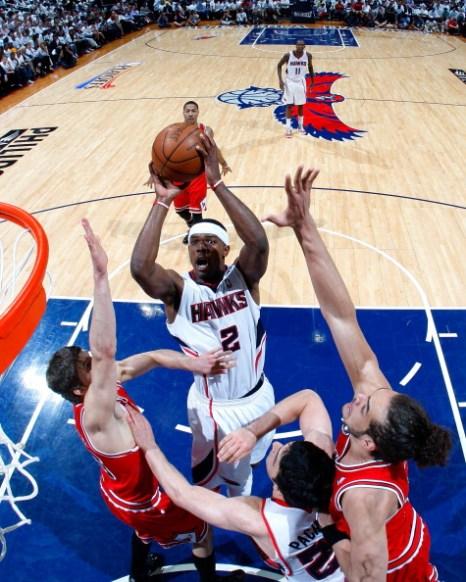 Фоторепортаж с баскетбольного матча Chicago Bulls и Atlanta Hawks. Фото:  Kevin C. Cox/Getty Images