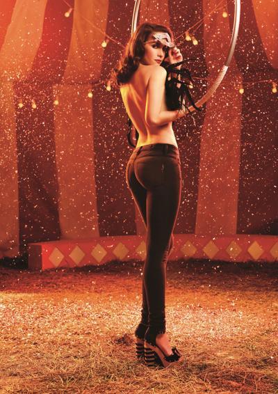 Наталья Орейро (Natalia Oreiro) снялась в фотосессии для модного бренда Las Oreiro сезона весна-лето 2012.. Фото с сайта  starer.ru