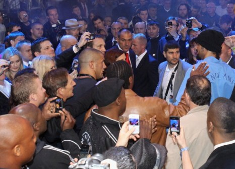 Владимир Кличко победил Дэвида Хэя. Фоторепортаж с боя. Фото:  Martin Rose/ Scott Heavey / Getty Images
