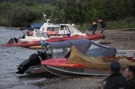 Фоторепортаж  с места катастрофы теплохода «Булгария». Фото: NATALIA KOLESNIKOVA/AFP/Getty Images