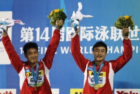Чемпионами по синхронным прыжкам в воду с 3-х метровой платформы стали  представители Китая Ютонг Луо и  Кай Цинь. Фото:  Feng Li/Getty Images