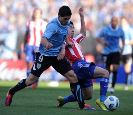 Фоторепортаж и видео с матча Уругвай – Парагвай, 3:0. Фото:  JUAN MABROMATA /ANTONIO SCORZA/AFP/Getty Images
