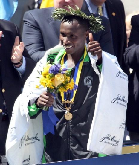 Марафон в Бостоне выиграл Джеффри Мутаи из Кении . Фото: Elsa/Getty Images