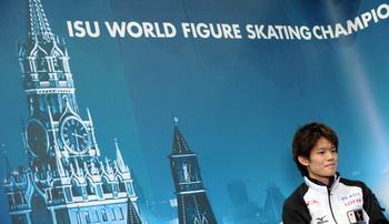 Дмитрий Медведев поздравил участников чемпионата мира по фигурному катанию с открытием турнира. Фото: YURI KADOBNOV/AFP/Getty Images