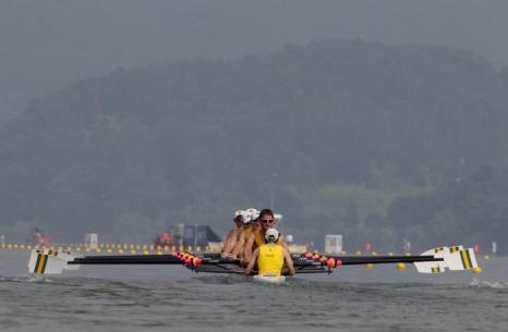 Сегодня в южнокорейском городе Чунджу продолжились соревнования чемпионата мира по гребле на байдарках 2013. Фото: Chung Sung-Jun/Getty Images