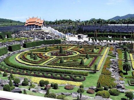Тропический парк Нонг Нуч — это 600 акров ботанических садов и местных достопримечательностей, расположенных на 163-м километре Сукхумвит-роуд в провинции Чонбури, Таиланд. Фото: animalworld.com.ua