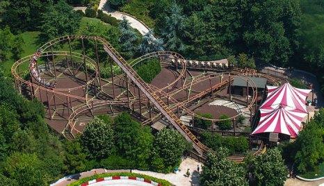 Развлекательный парк Мирабиландия уступает по размеру только двум европейским паркам – Диснейленду в Париже и испанскому Порту Авентуре.Фото: Stefan Scheer/commons.wikimedia.org