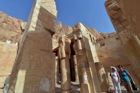 Туристы посещают храм Хатшепсут, Луксор, Египет. Фото: KHALED DESOUKI/AFP/Getty Images