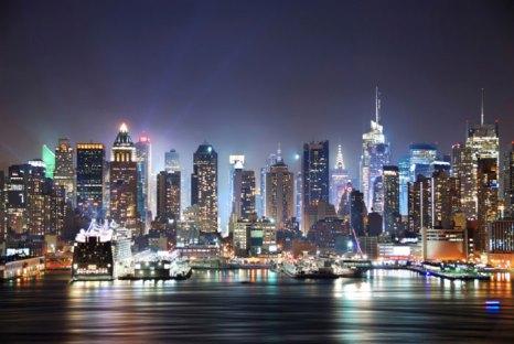 Ночной Нью-Йорк. Фото: Photos.com