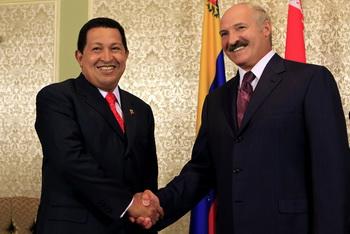 Уго Чавеса интересует МАЗ и БелАЗ. Фото: Getty Images