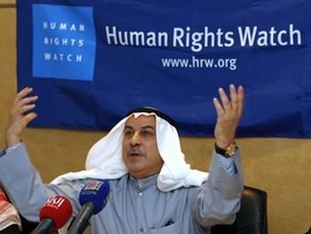 Пресс-конференция организации Human Rights Watch в Кувейте. Проверка NGO Monitor установила, что эта организация опубликовала отчетов об Израиле больше, чем о какой-либо другой стране. Фото: AFP PHOTO /YASSER AL-ZAYYAT