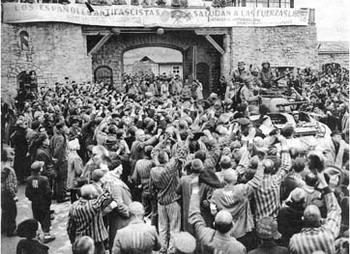 Мир отметил День памяти жертв Холокоста. Фото с сайта duel.ru