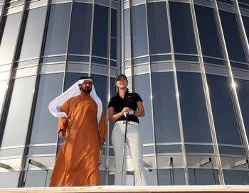 В Burj Dubai - 1000 квартир, 49 этажей уйдут под офисы и роскошный отель. Цены на жилье высокие, но некоторые квартиры в Москве в наши дни стоят даже дороже. Фото: David Cannon/Getty Images