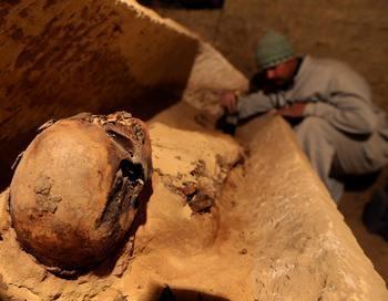Археологи обнаружили два ранее неизвестных захоронения в Египте. Фото: CRIS BOURONCLE/AFP/Getty Images