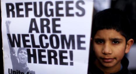 Память погибших русских эмигрантов в Глазго почтили сотни местных жителей .Фото:  Jeff J Mitchell/Getty Images
