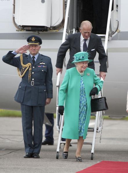 Фоторепортаж об историческом визите королевы Елизаветы II в Ирландию.  Фото:  Oli Scarf/Chris Jackson/Pool/Getty Images