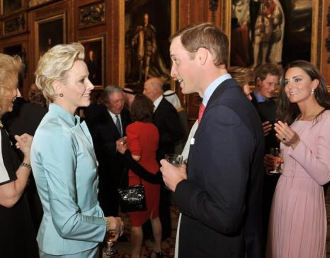 Кэтрин, герцогиня Кембриджская, принц Уильям, принцесса и принц Монако Шарлин и Альберт II на обеде суверенных монархов, приглашённых королевой Елизаветой II. Фоторепортаж. Фото: John Stillwell - WPA Pool/Getty Images
