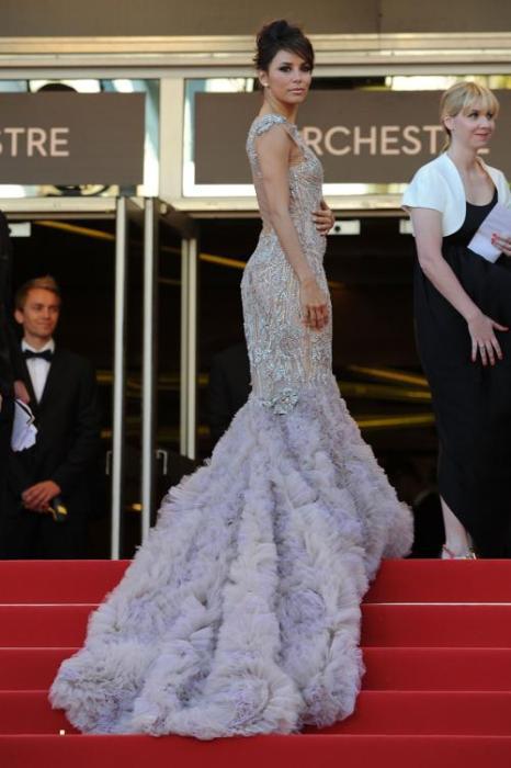 Ева Лонгория на премьере фильма  «Королевство полной луны» в Каннах. Фоторепортаж. Фото: Michael Buckner/Getty Images