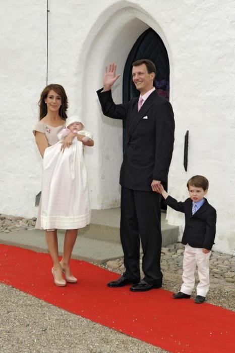 Королевская семья Дании приняла участие в крещении принцессы Атены. Фоторепортаж. Фото: Christian Augustin/Getty Images