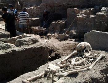 В Болгарию обнаружены останки вампировФото с сайта news.rambler.ru
