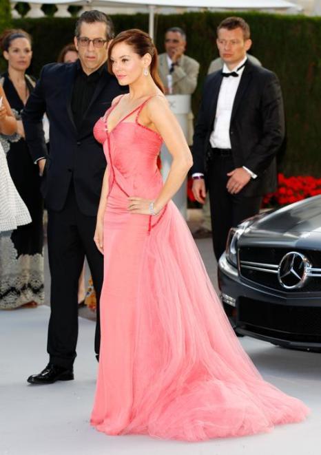 Знаменитости на мероприятии 2012 amfARs Cinema Against AIDS во Франции. Actress Rose McGowan. Фоторепортаж. Фото: Andreas Rentz/Getty Images