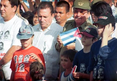 Рауль Кастро – брат Фиделя и лидер Кубы на встрече с народом. Фото: ADALBERTO ROQUE/AFP/Getty Images