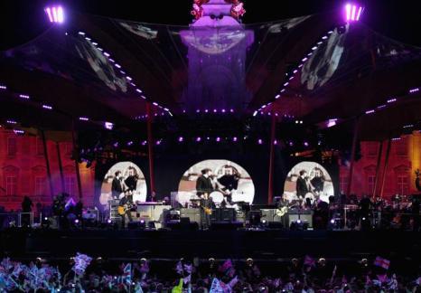 На юбилейном концерте звёзд в Букингемском дворце. Фоторепортаж. Фото: Dan Kitwood/Getty Images